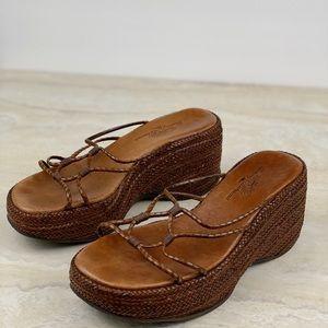 Tommy Bahama Platform Edge Woven Sandals